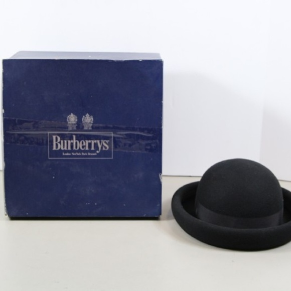 71a50f31806 Burberry Accessories - Burberry s Women s Wool Hat black ...